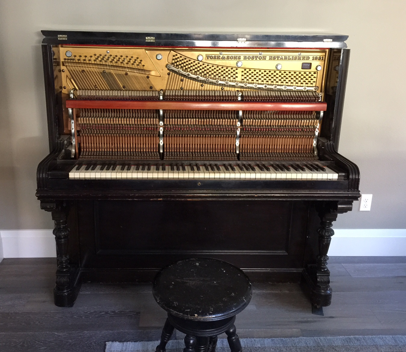Old Pianos Sterling Piano Tuning