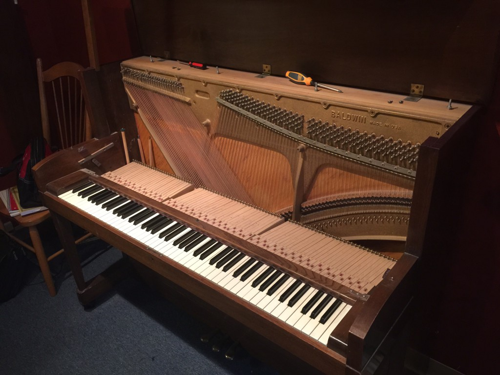 upright piano cleaning