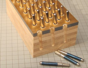 Example of a pinblock and tuning pins
